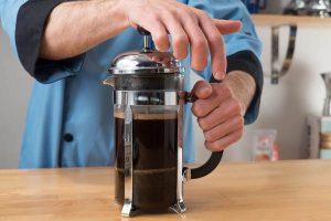 طرز تهیه قهوه دمی با فرنچ پرس